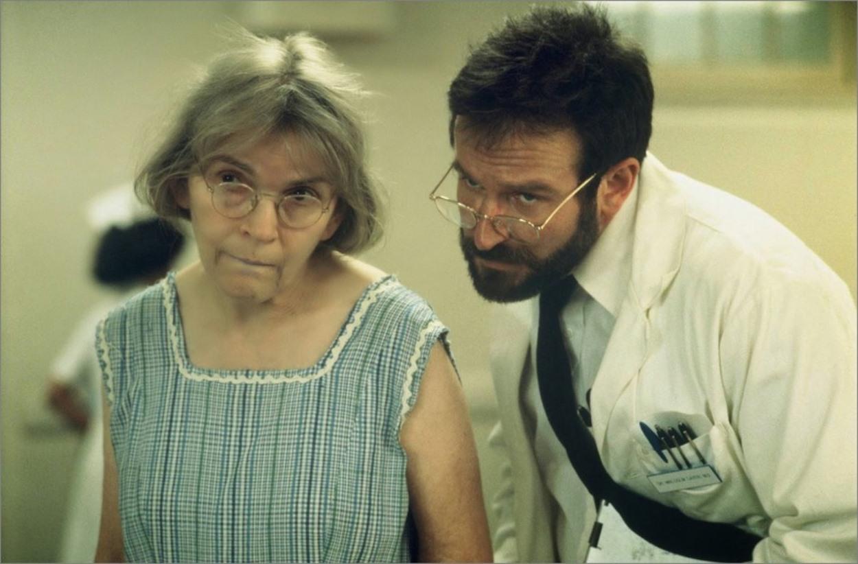 L'éveil, Penny Marshall : Robin Williams joue les neurologues