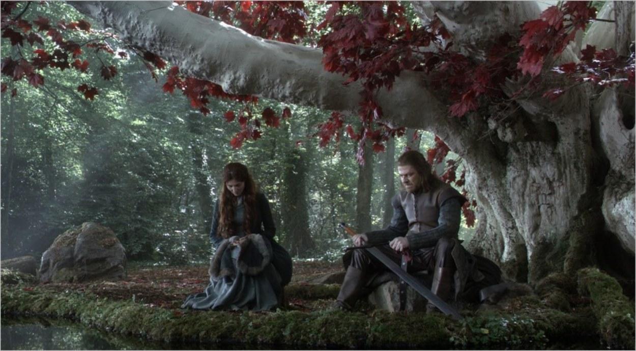 Catelyn Stark avec son mari dans le bois sacré de Winterfell