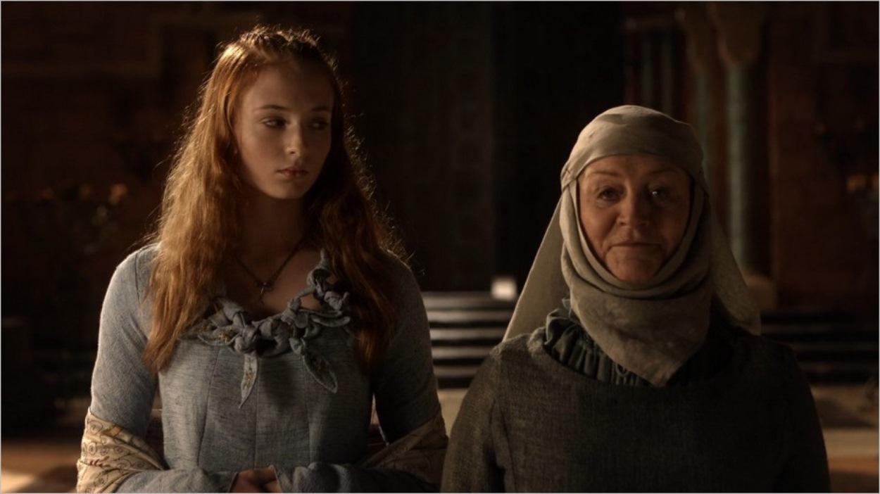 Sansa en compagnie de Septa Mordane - Game Of Thrones