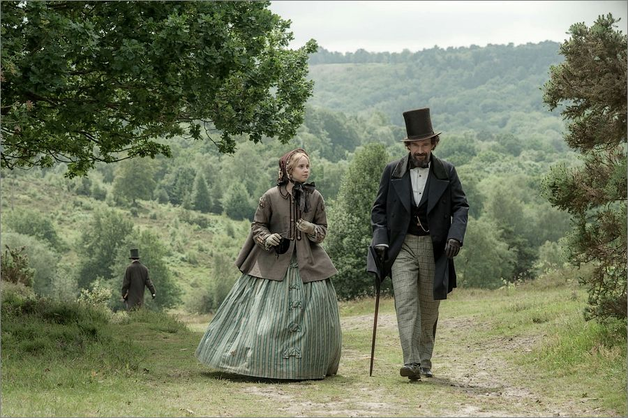 The Invisible Woman : la liaison secrète de Charles Dickens