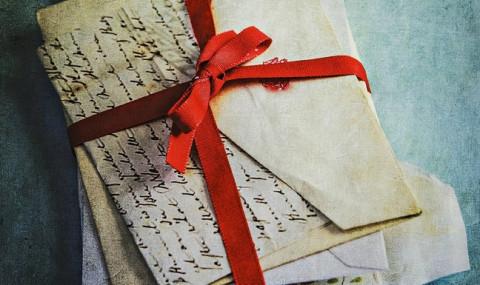 Il était une lettre, Kathryn Hughes
