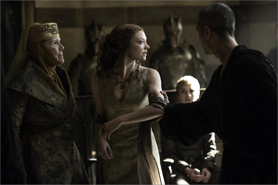 Arrestation de Margaery en présence d'Olenna Tyrell - Game Of Thrones