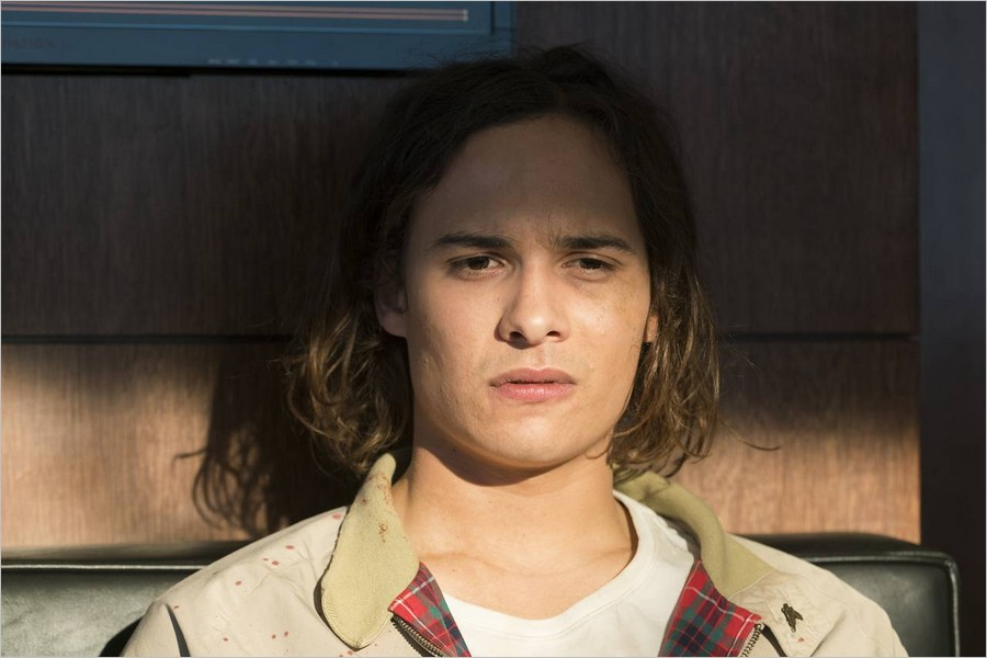 Nick Clark - Fear The Walking Dead épisode 1 saison 2