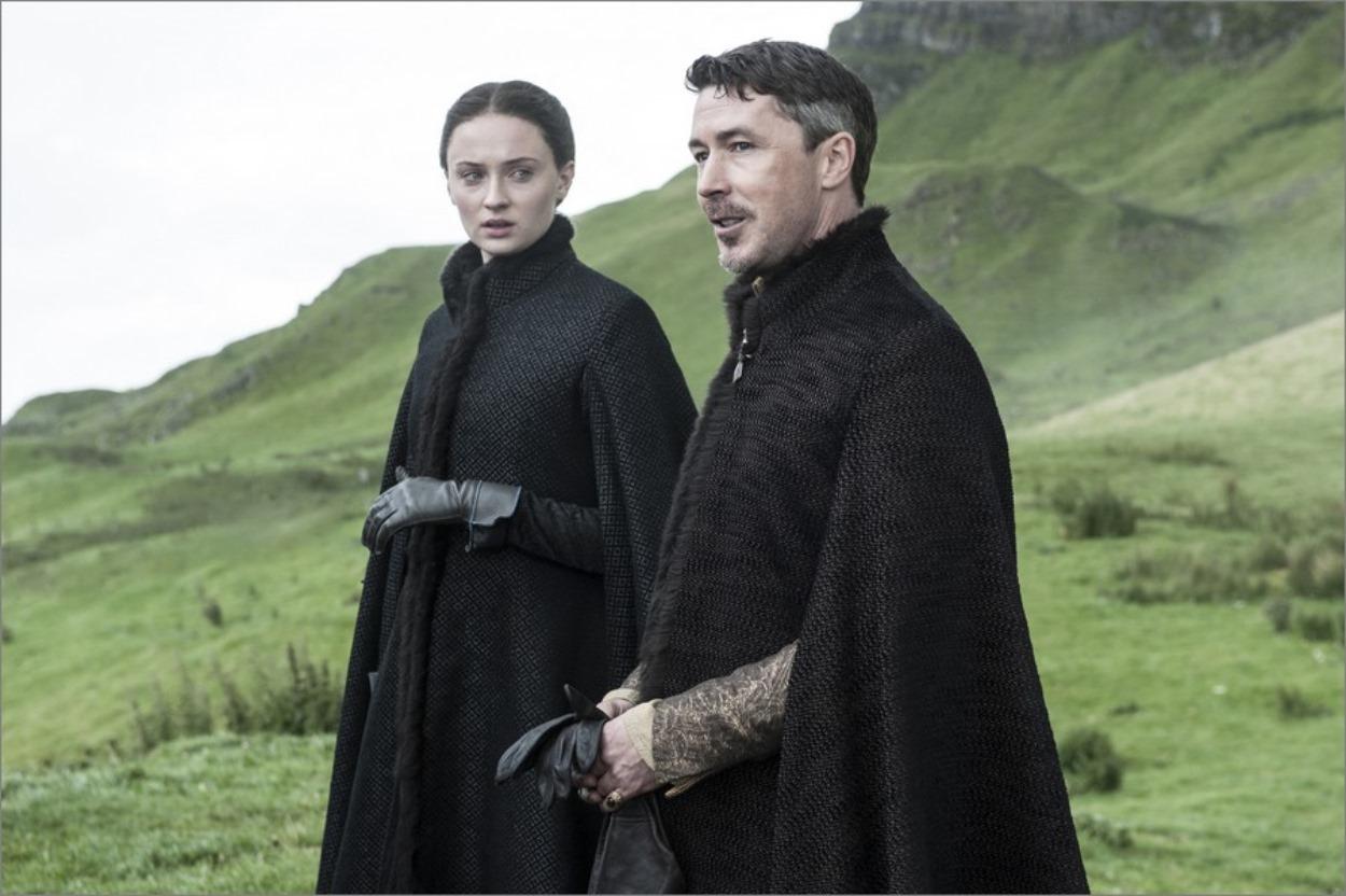 Petyr Baelish avec Sansa Stark - Game of Thrones