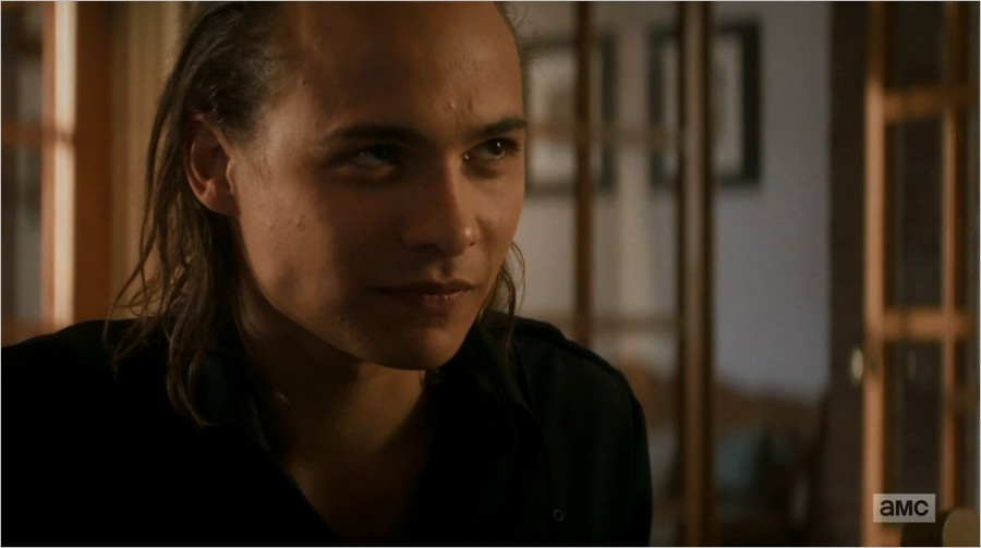 Nick (Frank Dillane) dans Fear The Walking Dead