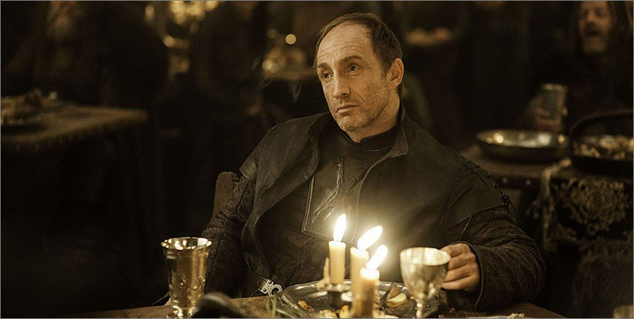 Roose Bolton dans Game Of Thrones saison 2 épisode 4
