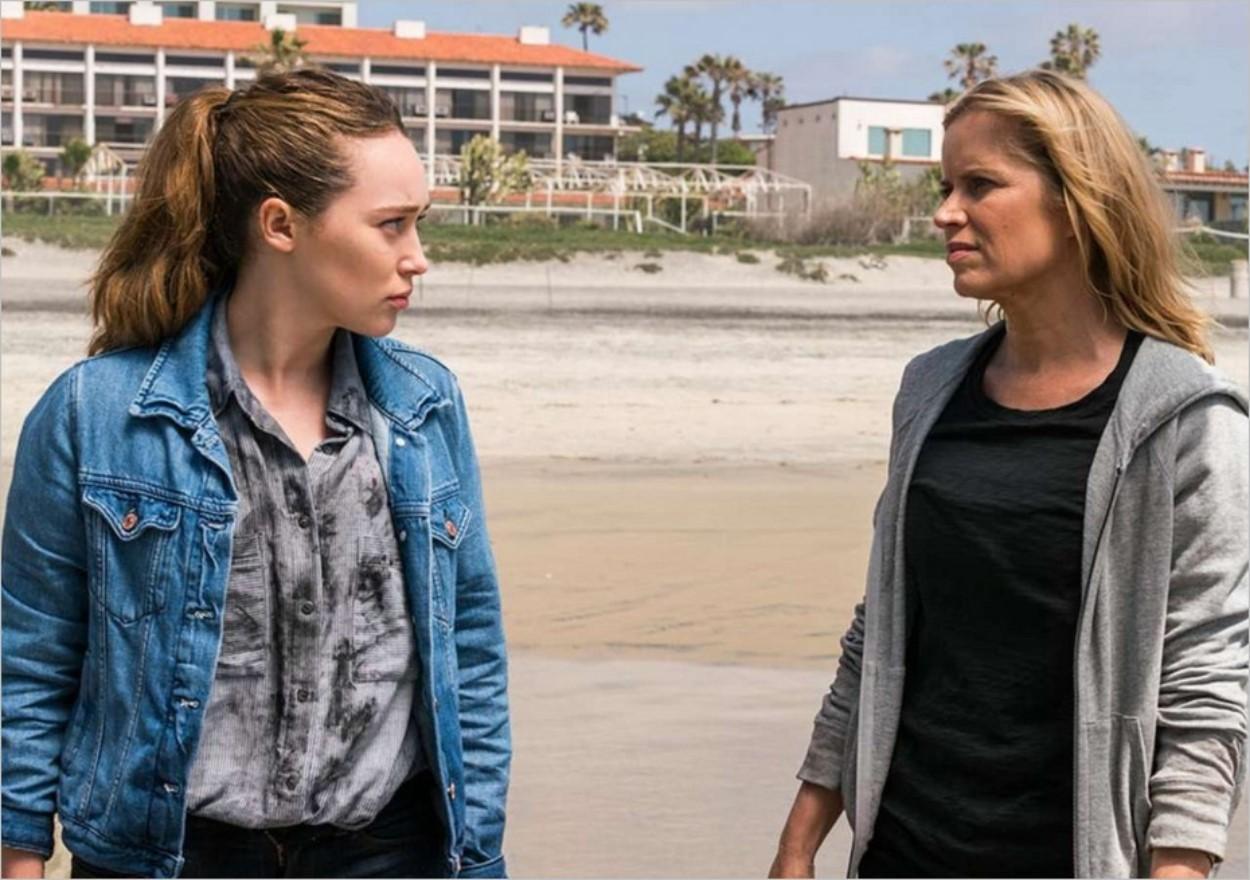 Alicia et Madison partagent un moment en tête à tête