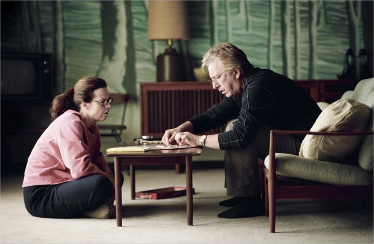 Snow Cake, Marc Evans - Alan Rickman (Alex Hughes) face à Linda (Sigourney Weaver)