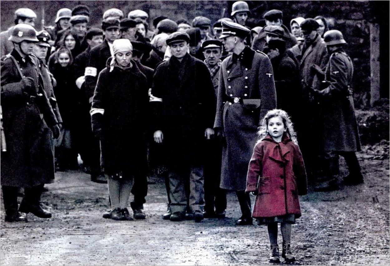 La petite fille au manteau rouge, Roma Ligocka