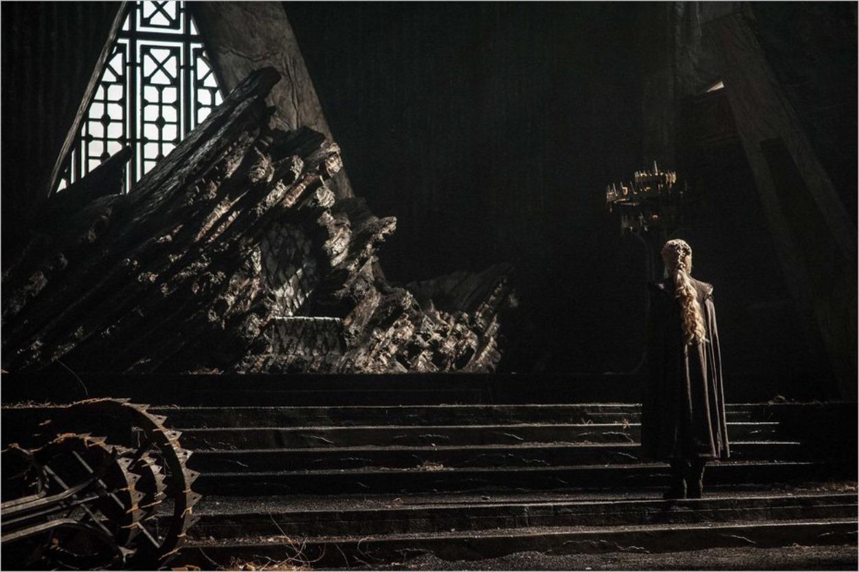 Daenerys Targaryen dans l'épisode Peyredragon