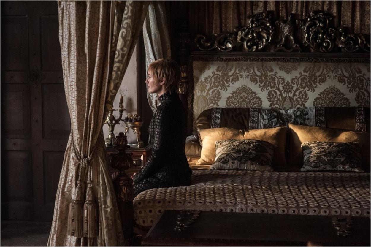Cersei Lannister pensive dans l'épisode 5 de la saison 7