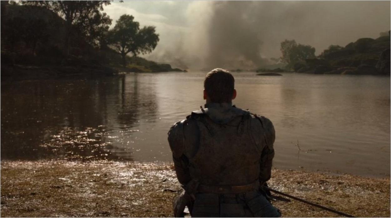 Jaime Lannister seul avec ses pensées face à la Néra