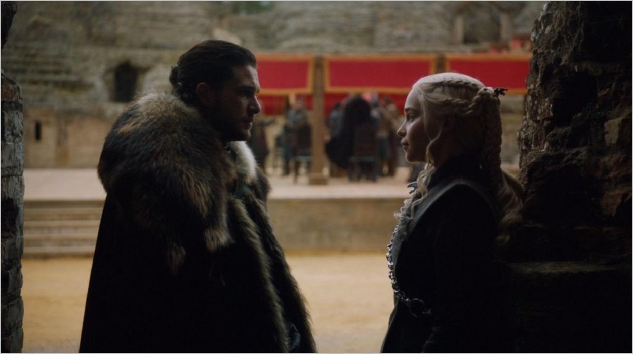 Echange intimiste entre Jon Snow et Daenerys Targaryen