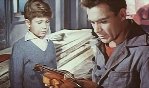 Le rouleau compresseur et le violon : le film de fin d'études d'Andreï Tarkovski
