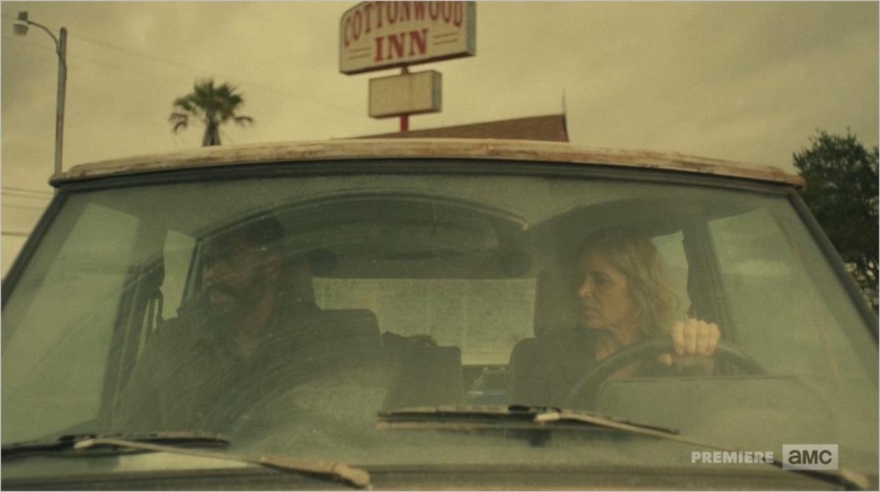 Victor et Madison Clark dans leur voiture