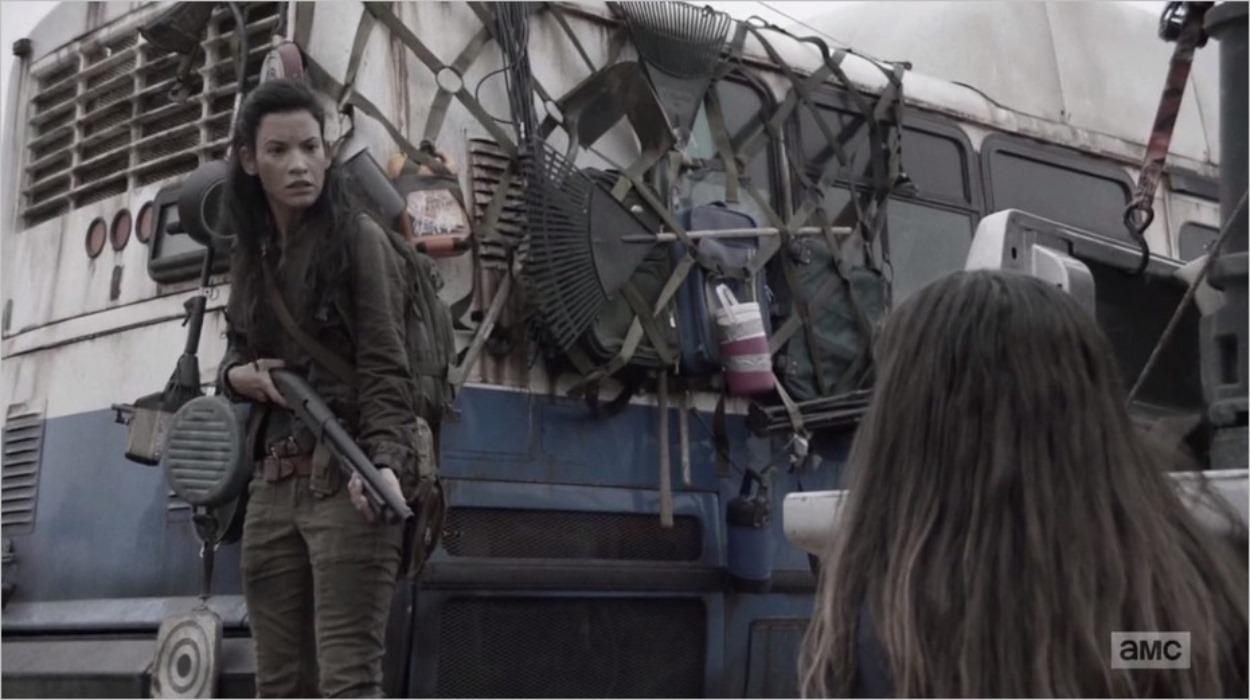 Luciana face à Charlie - Fear The Walking Dead saison 4 épisode 7