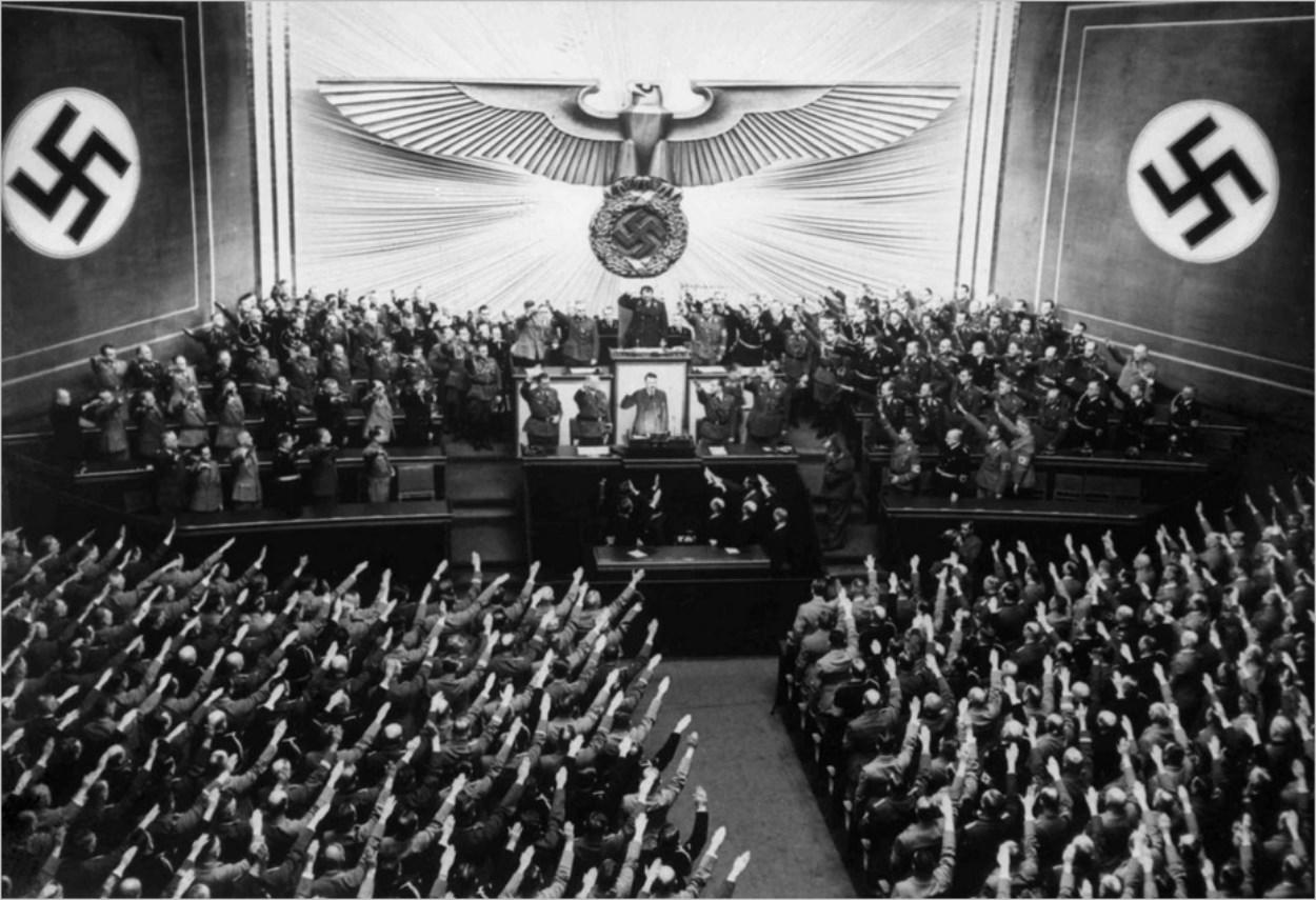 Le nazisme, ou la culture de l'obéissance