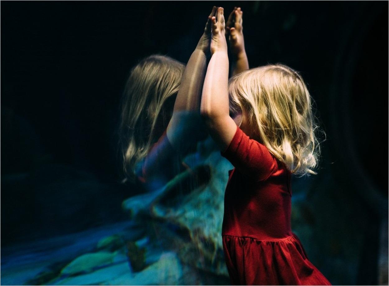 Midi, Cloé Korman : des enfances dans la tempête