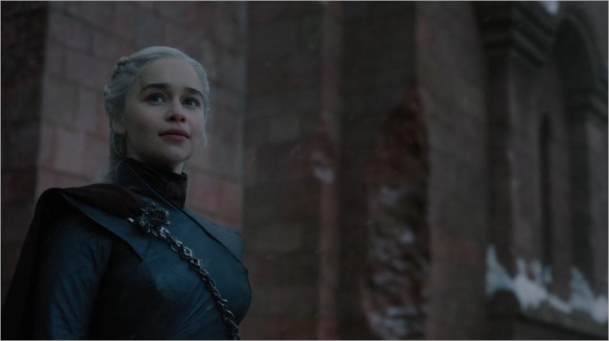 Daenerys adresse un discours à ses troupes - Game Of Thrones