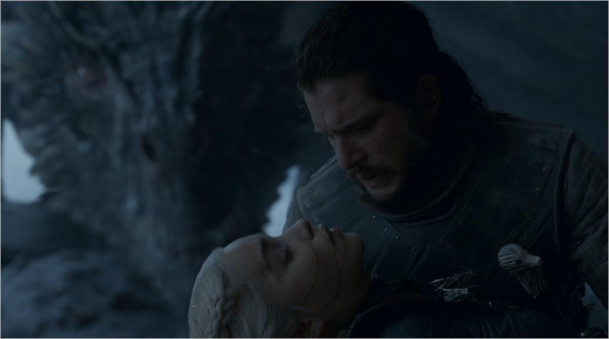 Jon tenant Daenerys, morte