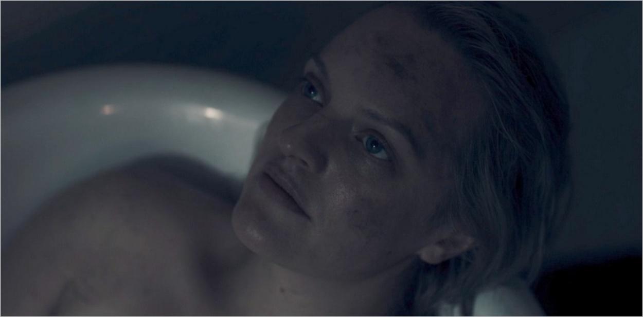 June dans son bain après l'enterrement de la Martha