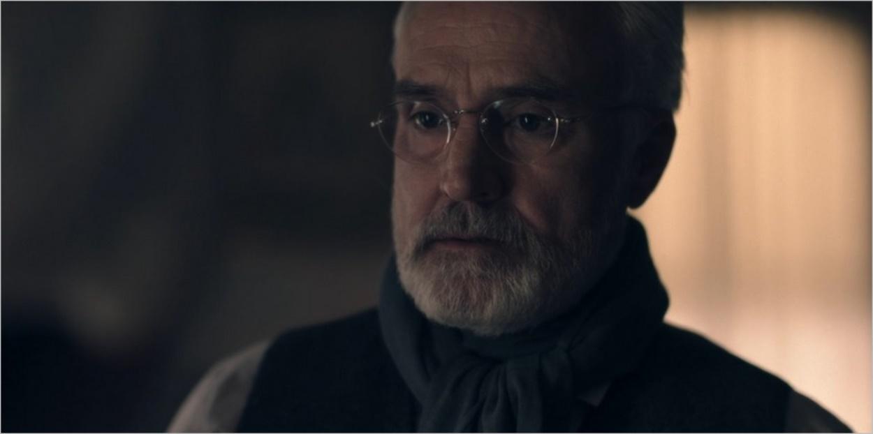 Le Commandant Lawrence - La Servante Ecarlate saison 3 épisode 8