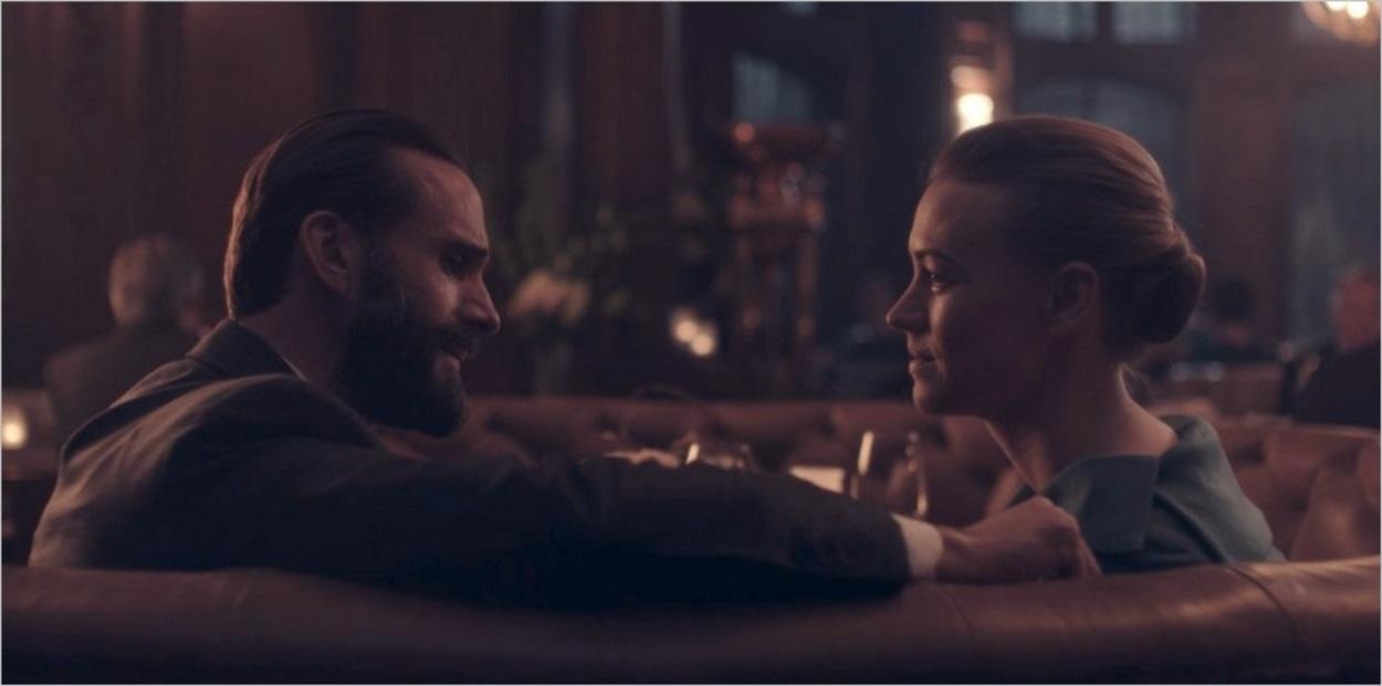 Un dîner en tête à tête pour Fred et Serena Waterford - The Handmaid's Tale saison 3
