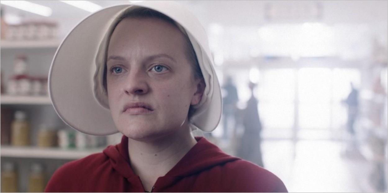 June apprend qu'elle va devoir quitter le foyer Lawrence - The Handmaid's Tale saison 3