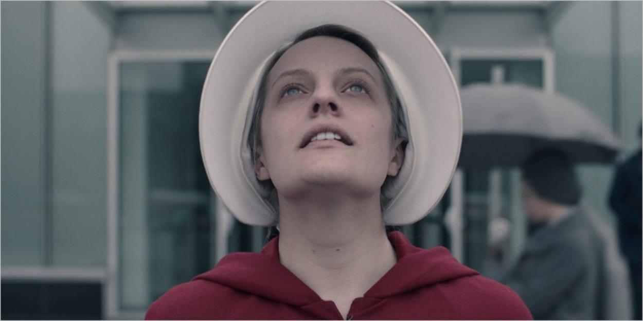 June sort de l'hôpital - La Servante Ecarlate saison 3 épisode 9