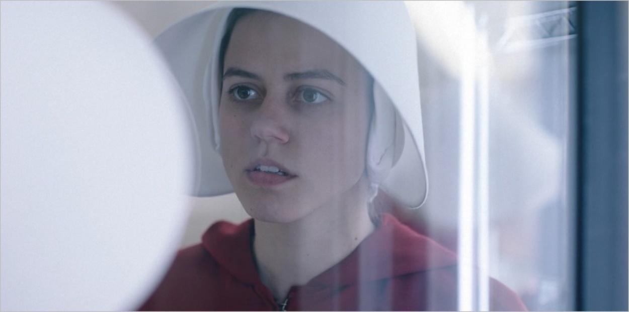 Alma accepte d'aider June - La Servante Ecarlate saison 3