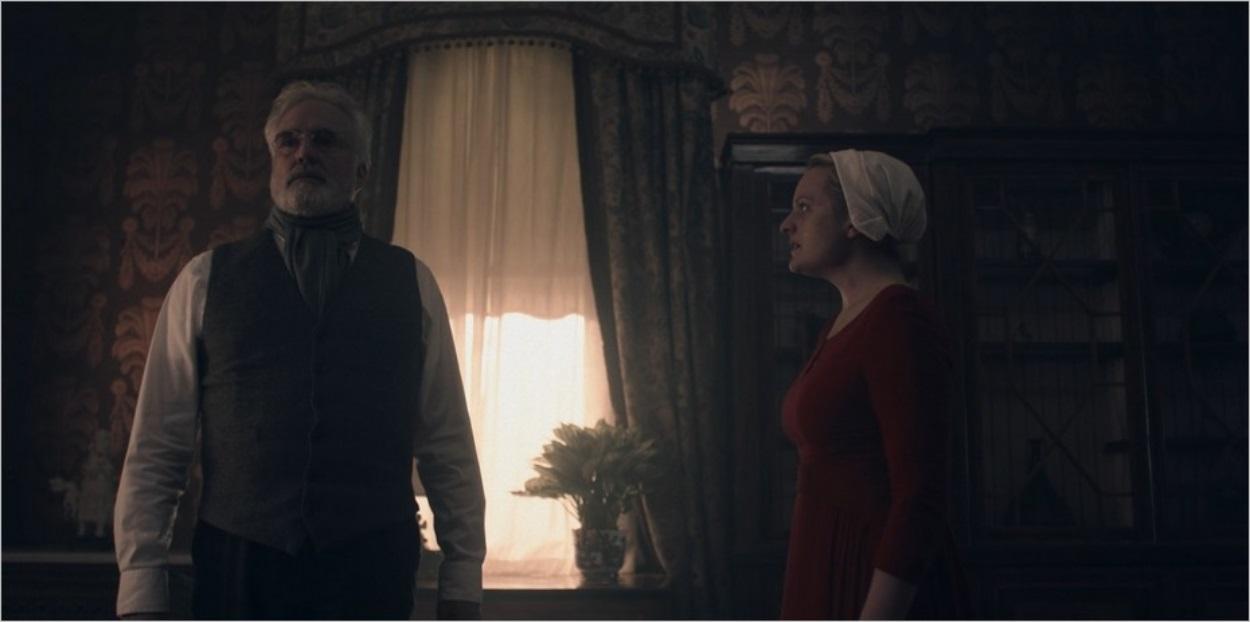 Le Commandant Lawrence et June - The Handmaid's Tale saison 3