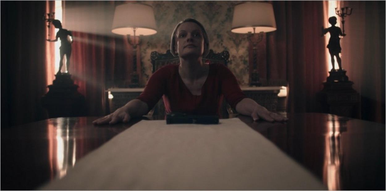June et son arme - Dernier épisode de la saison 3 de La Servante Ecarlate
