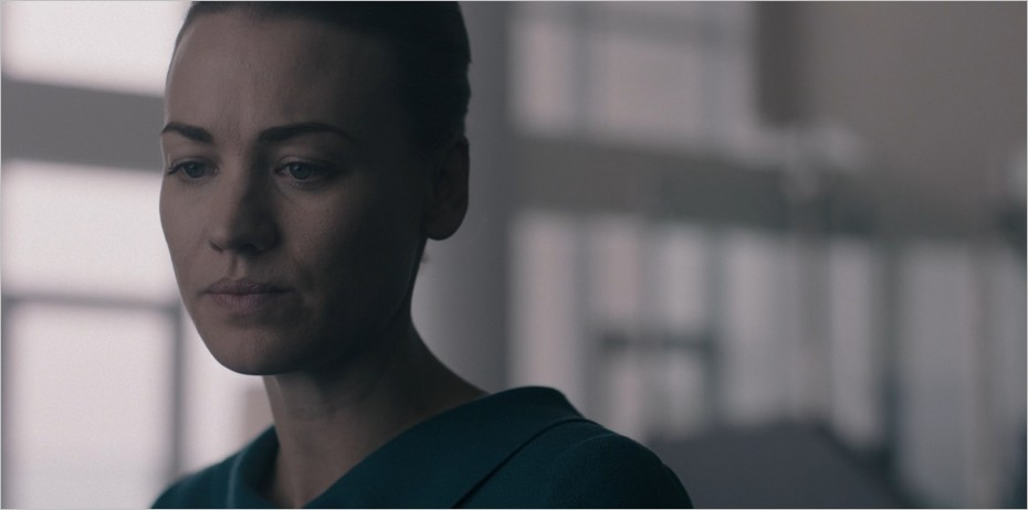 Serena pose un ultimatum à Fred - The Handmaid's Tale saison 3