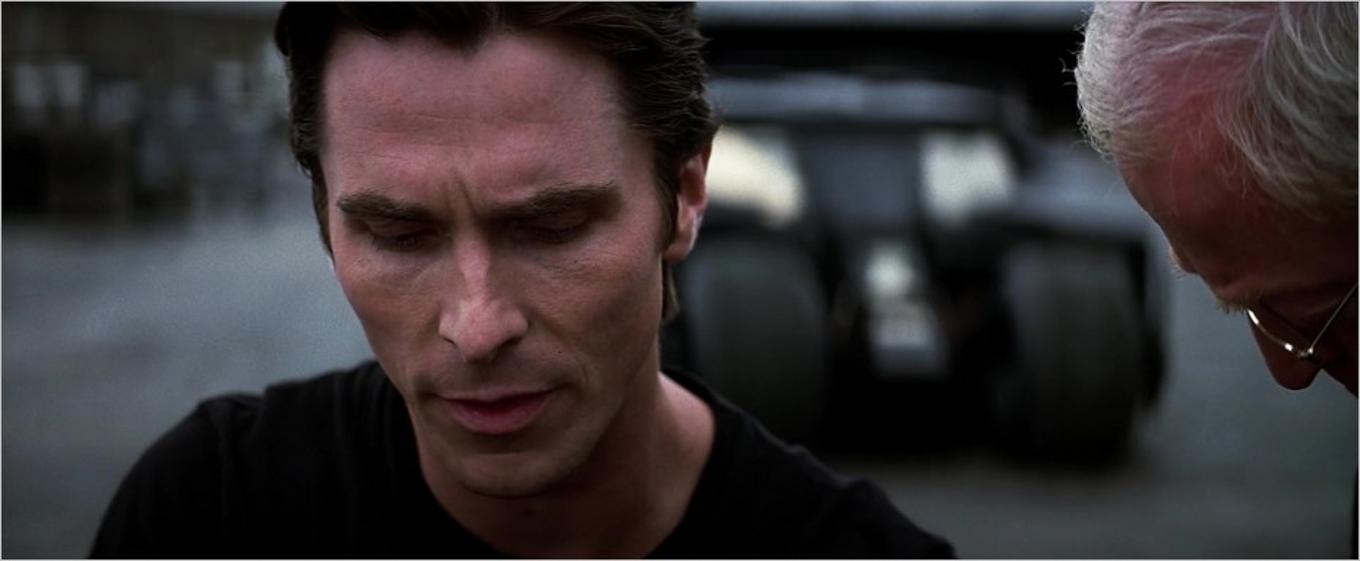 Bruce Wayne et Alfred (Michael Caine)