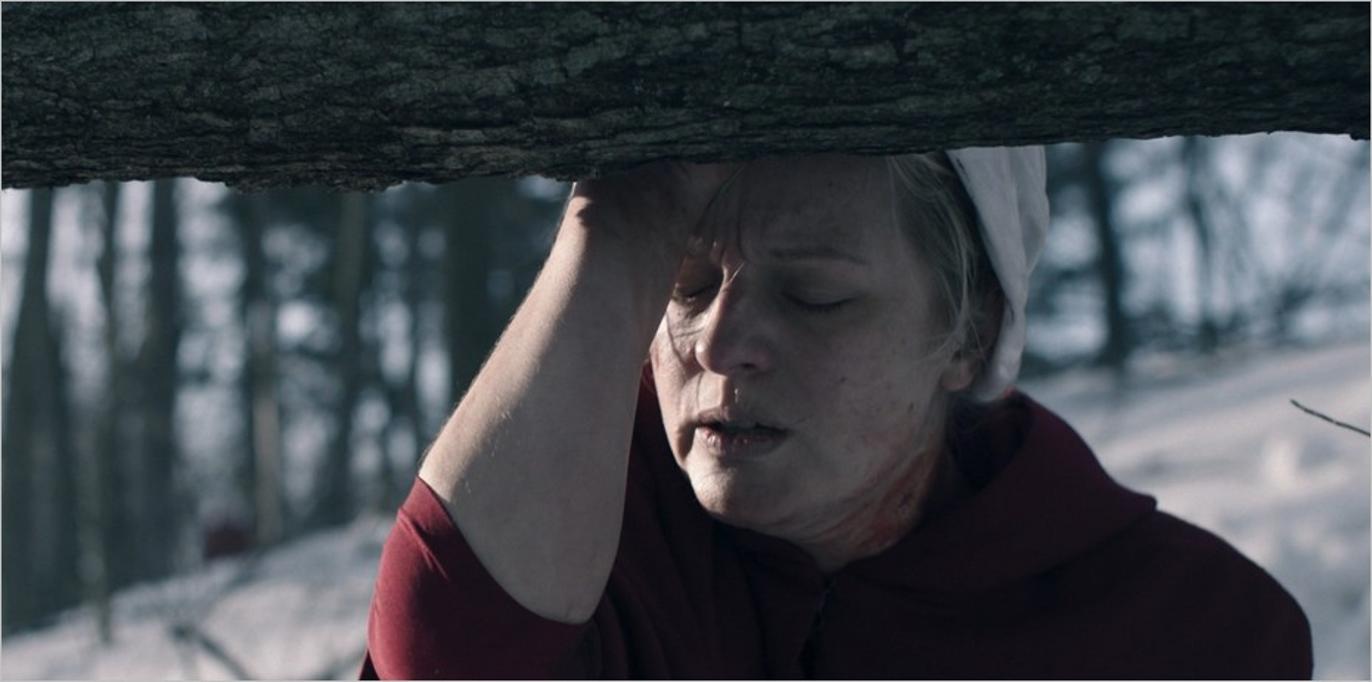 June Osborne, blessée - Saison 4 épisode 1