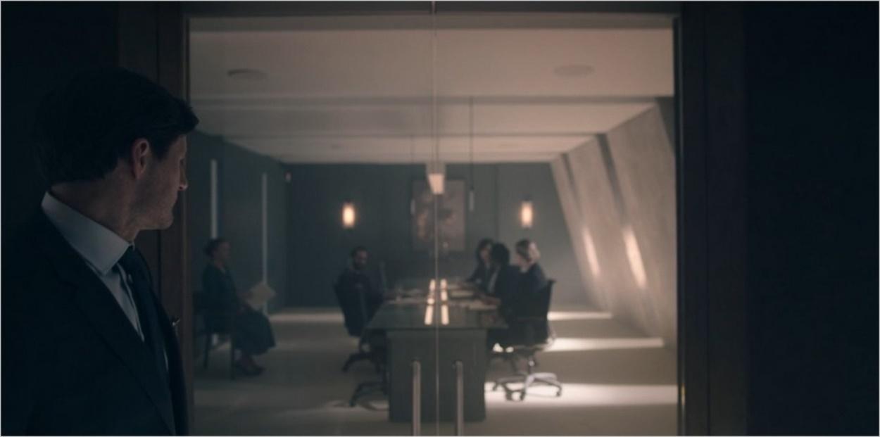 Mark Tuello lors de l'interrogatoire de Fred Waterford - Saison 4 épisode 10
